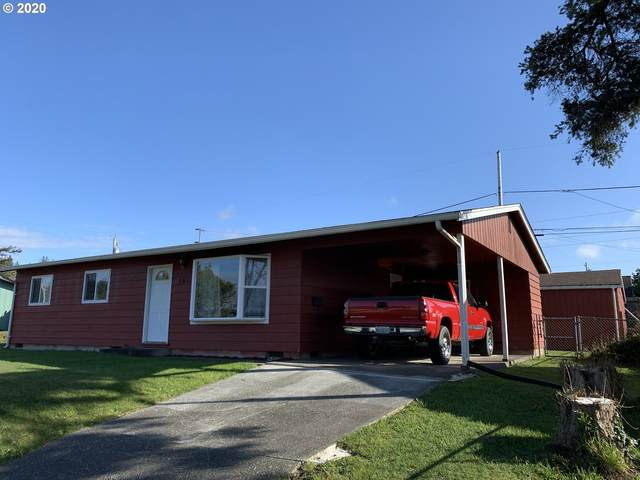 961 Garfield Ave, Coos Bay, OR 97420 (MLS #20082404) :: McKillion Real Estate Group