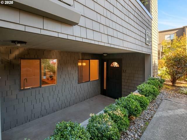 5620 S Riverside Ln #1, Portland, OR 97239 (MLS #20084078) :: Song Real Estate