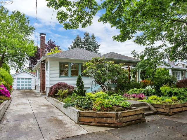 7216 SE 19TH Ave, Portland, OR 97202 (MLS #20084729) :: Gustavo Group
