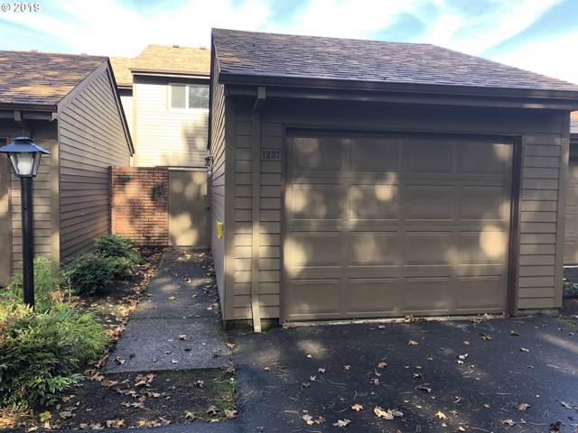 1237 NW Michelbook Ln, Mcminnville, OR 97128 (MLS #20084862) :: Song Real Estate