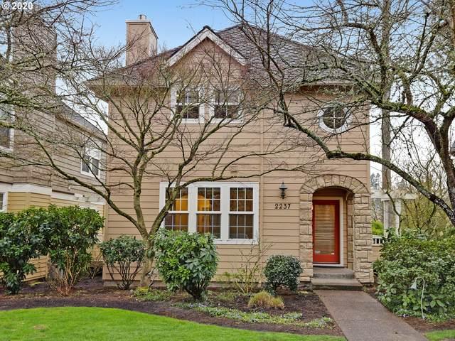 2237 NW Edgewood Pl #30, Portland, OR 97229 (MLS #20087637) :: McKillion Real Estate Group