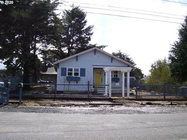 886 1ST St, Bandon, OR 97411 (MLS #20088871) :: Change Realty