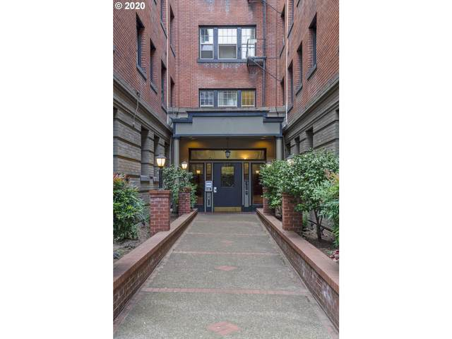2109 NW Irving St #302, Portland, OR 97210 (MLS #20091128) :: Fox Real Estate Group