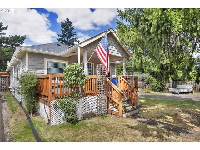 8327 SE Clatsop St, Portland, OR 97266 (MLS #20091737) :: Fox Real Estate Group