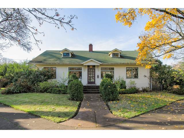 1955 SE Mulberry Ave, Portland, OR 97214 (MLS #20092359) :: The Galand Haas Real Estate Team