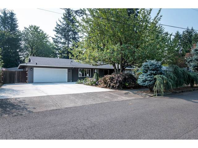 15626 NE Holladay St, Portland, OR 97230 (MLS #20093204) :: Fox Real Estate Group