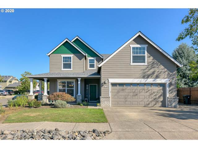 1124 S Sycamore St, Canby, OR 97013 (MLS #20098000) :: Fox Real Estate Group