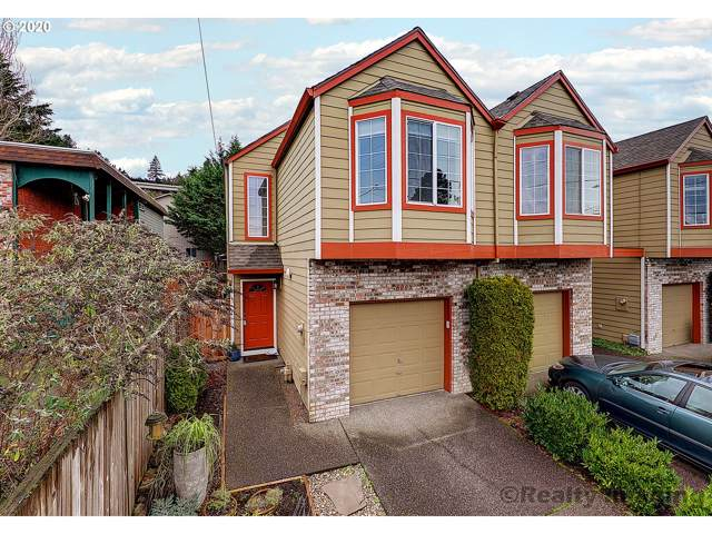 6005 SW Hood Ave, Portland, OR 97239 (MLS #20098049) :: Gustavo Group
