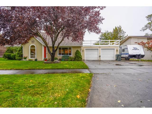 820 SE 5TH St, Hermiston, OR 97838 (MLS #20098111) :: Fox Real Estate Group