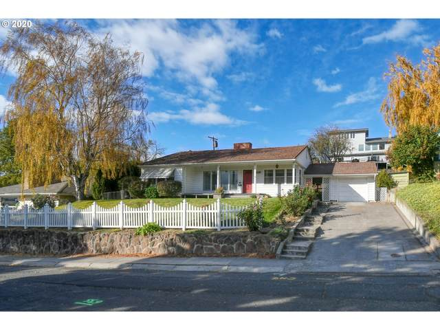 809 NW 11TH St, Pendleton, OR 97801 (MLS #20101341) :: Fox Real Estate Group