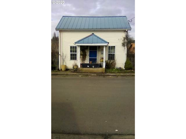 252 NE 1st St, Willamina, OR 97396 (MLS #20101990) :: Townsend Jarvis Group Real Estate