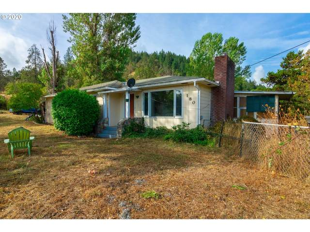 180 Carter Ave, Riddle, OR 97469 (MLS #20104191) :: Cano Real Estate