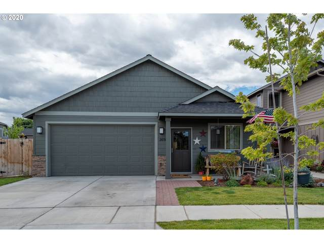 3010 NW Boxelder Ave, Redmond, OR 97756 (MLS #20105251) :: Stellar Realty Northwest