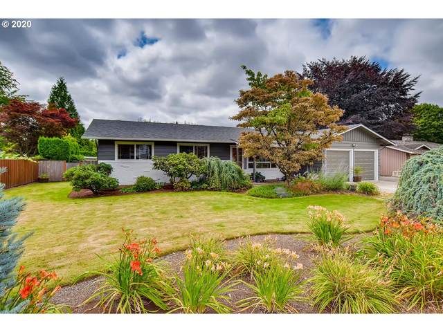 6836 SE Molt St, Milwaukie, OR 97267 (MLS #20110009) :: Song Real Estate
