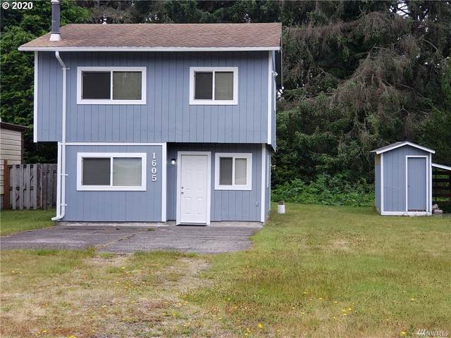 1605 208TH Pl, Ocean Park, WA 98640 (MLS #20110800) :: Song Real Estate