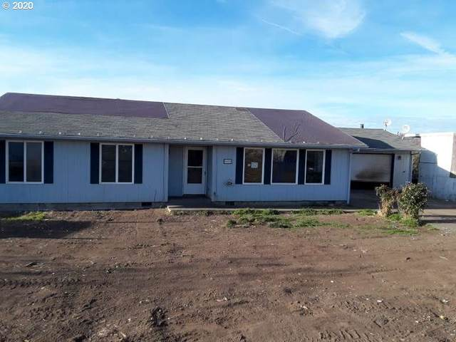 9428 Hwy 62, Eagle Point, OR 97524 (MLS #20111223) :: Song Real Estate