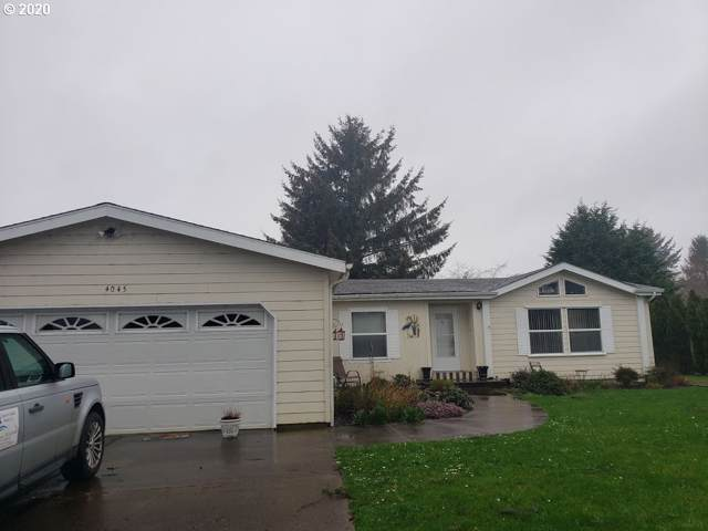 4045 NE Johns Ave, Lincoln City, OR 97367 (MLS #20111368) :: McKillion Real Estate Group