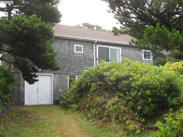 720 N Pacific, Rockaway Beach, OR 97136 (MLS #20112880) :: Cano Real Estate