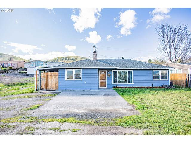 2015 E 15TH St, The Dalles, OR 97058 (MLS #20114424) :: Holdhusen Real Estate Group