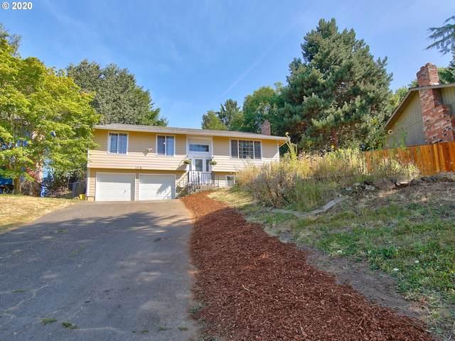 2836 SE 90TH Pl, Portland, OR 97266 (MLS #20120527) :: Cano Real Estate