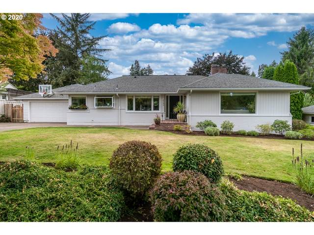 8380 SW Crestwood Ln, Portland, OR 97225 (MLS #20120928) :: Gustavo Group
