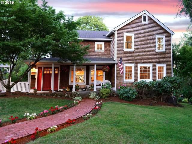 12540 SW 62ND Ave, Portland, OR 97219 (MLS #20122371) :: Holdhusen Real Estate Group