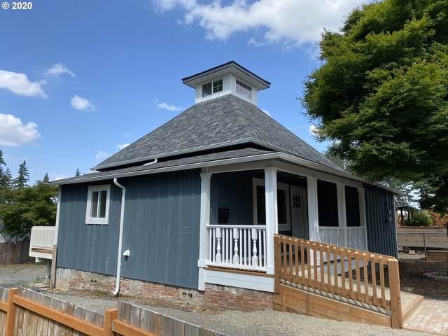 507 Mount Hood St, Oregon City, OR 97045 (MLS #20123804) :: Change Realty