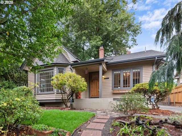 3217 NE Skidmore St, Portland, OR 97211 (MLS #20123808) :: Real Tour Property Group