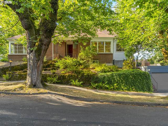 2834 SE Carlton St, Portland, OR 97202 (MLS #20125959) :: Beach Loop Realty
