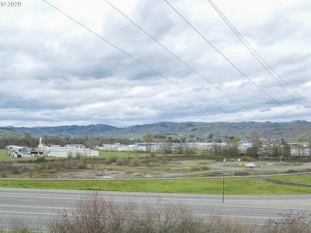 4553 Old Highway 99 South, Roseburg, OR 97471 (MLS #20128308) :: Lucido Global Portland Vancouver