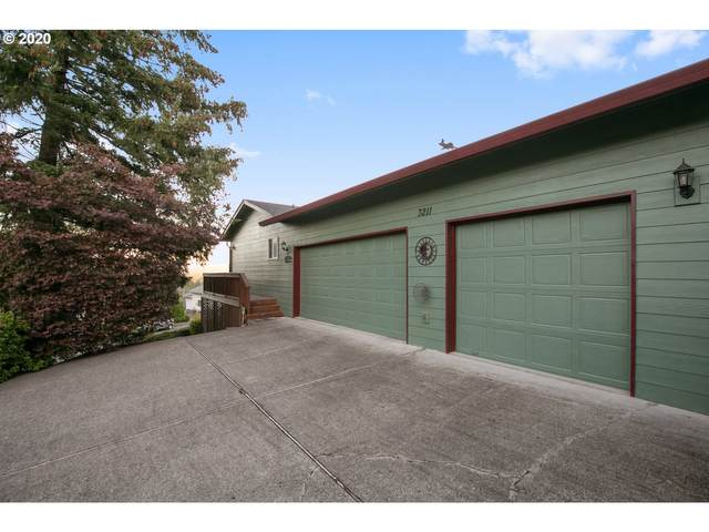 3211 NW Ivy Ln, Camas, WA 98607 (MLS #20129403) :: McKillion Real Estate Group