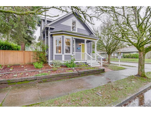 5404 SE Gladstone St, Portland, OR 97206 (MLS #20133298) :: Fox Real Estate Group