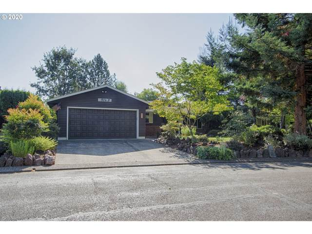 914 NW Oakwood Cir, Mcminnville, OR 97128 (MLS #20137386) :: Next Home Realty Connection