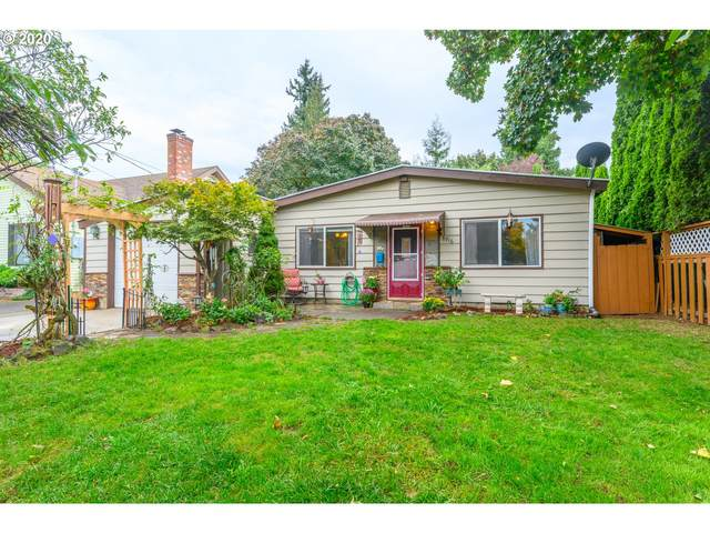 8916 NE Couch St, Portland, OR 97220 (MLS #20140915) :: Next Home Realty Connection