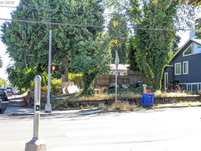 1832 SE Tacoma St, Portland, OR 97202 (MLS #20143240) :: Cano Real Estate