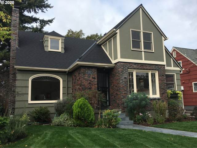 2135 NE 62ND Ave, Portland, OR 97213 (MLS #20147261) :: Coho Realty
