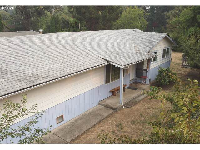 1725 W Main St, Cottage Grove, OR 97424 (MLS #20149454) :: Change Realty