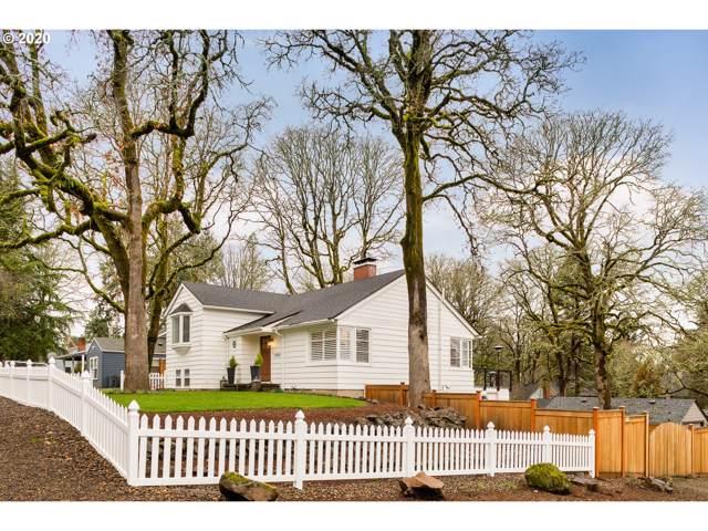 1405 Cedar St, Lake Oswego, OR 97034 (MLS #20149736) :: McKillion Real Estate Group