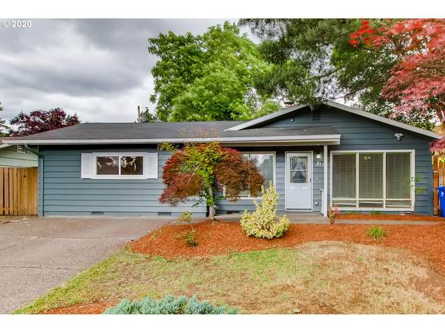 3114 SE 165TH Pl, Portland, OR 97236 (MLS #20150445) :: Fox Real Estate Group