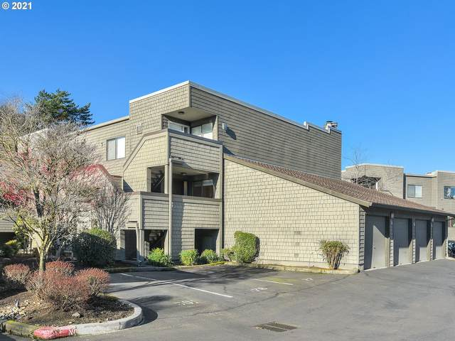 5602 S Riverside Ln #8, Portland, OR 97239 (MLS #20153738) :: Next Home Realty Connection