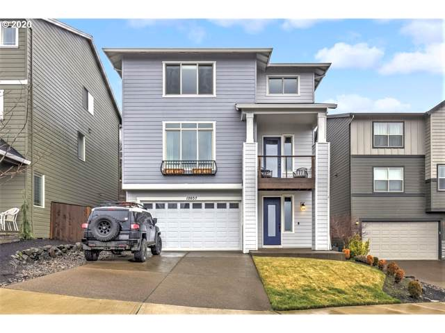 12037 SW Autumn View St, Tigard, OR 97224 (MLS #20155502) :: Next Home Realty Connection
