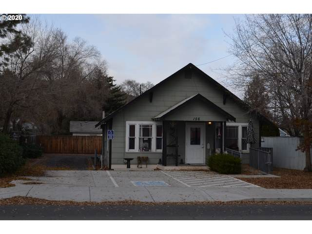 156 SW 3RD St, Madras, OR 97741 (MLS #20157354) :: Holdhusen Real Estate Group