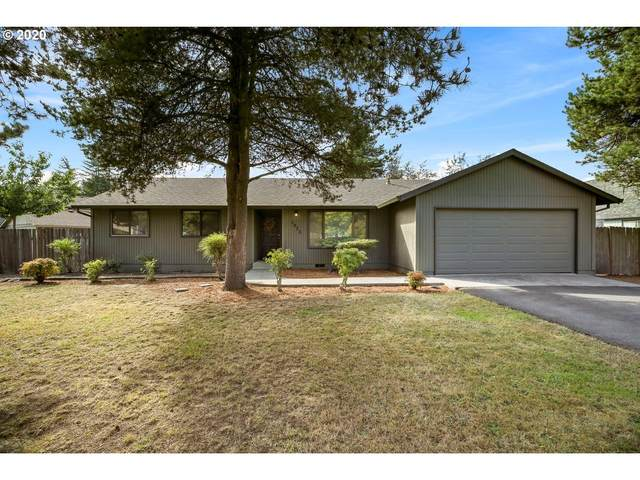 1073 NE 17TH Ave, Hillsboro, OR 97124 (MLS #20157443) :: Next Home Realty Connection