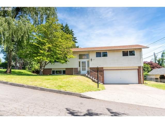 15150 SE La Marquita Way, Milwaukie, OR 97267 (MLS #20158697) :: Fox Real Estate Group