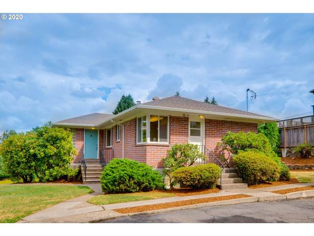 12050 SW 29TH Ave, Portland, OR 97219 (MLS #20161418) :: Fox Real Estate Group