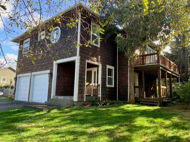 815 SE 2ND St, Bandon, OR 97411 (MLS #20165139) :: Change Realty