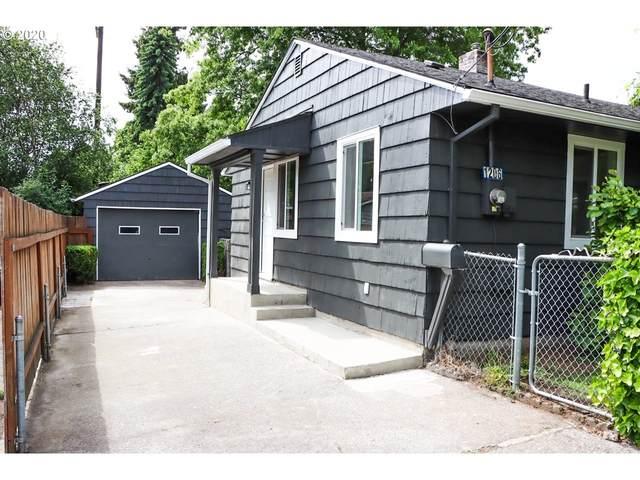 1206 Grand Blvd, Vancouver, WA 98661 (MLS #20171080) :: Holdhusen Real Estate Group