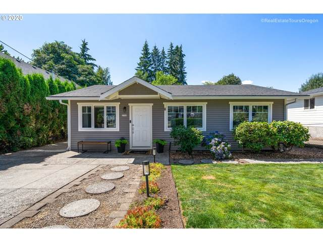 2750 Sunset Ave, West Linn, OR 97068 (MLS #20173868) :: Stellar Realty Northwest