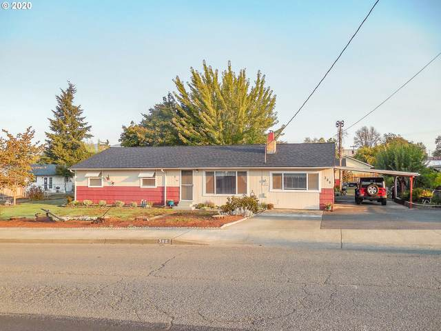 386 SE Thompson Ave, Winston, OR 97496 (MLS #20178258) :: McKillion Real Estate Group