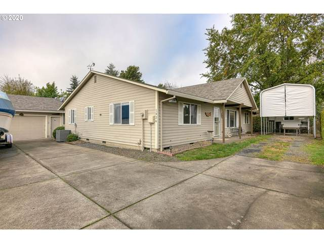 1326 SW Alder St, Dundee, OR 97115 (MLS #20179397) :: TK Real Estate Group